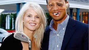 Tiger Woods torna dalla moglie e le offre 200 milioni di dollari: