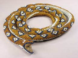 Snake With Diamond Pattern Enchanting Links
