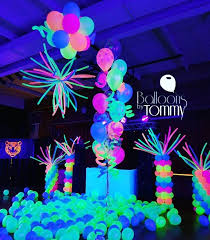 This dance floor is ready to party! The UV balloons light up the room more  than the lights themselves! | Balloons by Tommy | #balloonsbytommy |  Pinterest ...