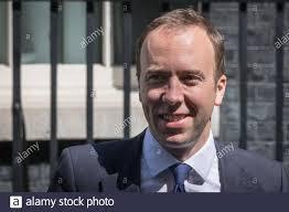 Matt Hancock MP, Staatssekretär für Gesundheit und Soziales, Politiker der  britischen Konservativen Partei, Downing Street, Westminster  Stockfotografie - Alamy