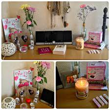 office table decoration. 20 Cubicle Decor Ideas To Make Your Office Style Work As Hard .. Table Decoration