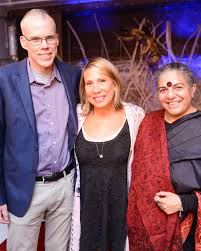 we need everyone event lineup 350 org s bill mckibben paul hawken robert f kennedy jr abc home ceo creative director paulette cole with