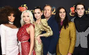 Kenny Ortega Talks Filming Descendants 2 During a Typhoon and ...