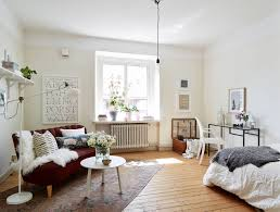 10 sneaky ways to make a small space look bigger