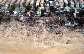 essay on tsunami   n ocean tsunami 2004
