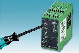 Контрольное реле гарантия безопасности и надежности оборудования Простая настройка с помощью отвертки на примере реле активной мощности