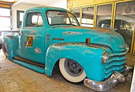 truck atx car pictures real pics from austin tx streets 1951 chevy truck body on a modern chevy s 10 chassis like many custom trucks seem to be