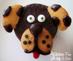 would be cute and easy to make for a dog themed party or just some fun for the kids to make themselves here is a close up