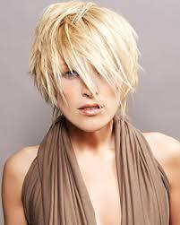 Krátké Vlasy Kadeřnické Studio Modeling