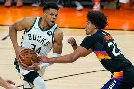 NBA-Finals: Phoenix Suns gewinnen auch Spiel zwei gegen Milwaukee Bucks -  DER SPIEGEL