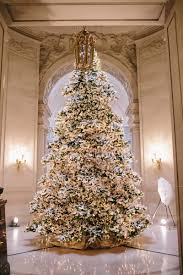 Mapping 18 Spots To Get Into The Holiday Spirit In San FranciscoChristmas Tree In San Francisco