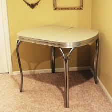 Retro Kitchen Table Chairs Retro Kitchen Sets Furniture Retro Kitchen Design Ideas Warm