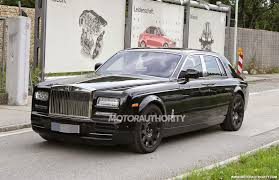 2018 rolls royce ghost. modren ghost 2018 rollsroyce phantom spied and rolls royce ghost