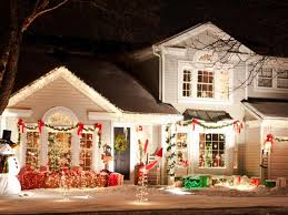 How To Plug In All Christmas Lights The Decorated Home Plug In Advice Christmaslightsoutdoors