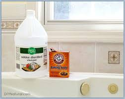 how to whiten bathtub how to clean a jetted tub 1 whiten bathtub grout how to whiten bathtub cleaning