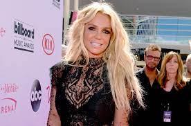 Britney Spears Locked Herself in the ...