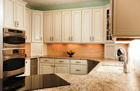 Popular Kitchen Cabinet Colors 2014