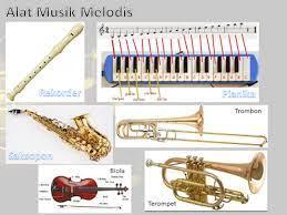 Ansambel campuran adalah permainan musik yang dimainkan oleh sejumlah orang pemain dengan sekian banyak jenis contohnya gitar, organ, trompet, dan sebagainnya. Pengertian Ansambel Campuran Alat Musik Ritmis Tradisional Dan Modern Alat Musik Harmonis Bermain Gitar Chord Gitar