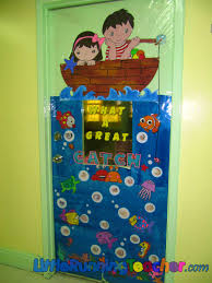 classroom door decorations for fall. Interior Design Prepossessing Door Decorating Spring Classroom Decoration Ideas For Collegecopy Xmas Apartment Entry Old Above Decorations Fall