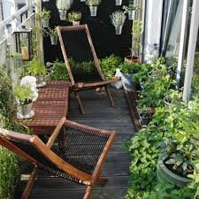 Terrace and Garden: Small Balcony Garden Design - Balcony Garden