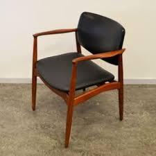 located using retrostart dinner chair by erik buck for Ørum møbler