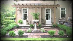 old english garden design with perennial and history of