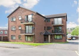 Delightful 1 Bedroom Unfurnished Flat To Rent On 24 Oakdene Road, Redhill, Surrey, RH1