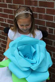 Diy Giant Paper Rose Flower Giant Diy Paper Rose Flowers 5 Steps With Pictures