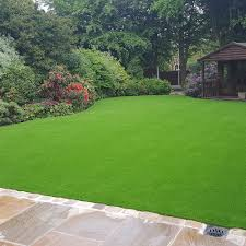 can i lay artificial grass myself