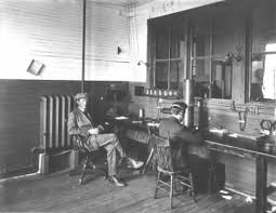 「guglielmo marconi opens the first commercial cable between canada and ireland」の画像検索結果