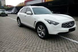 infinity 2011. nissan infinity 2011 white perfect condition