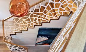 Da man diese treppen eher erklimmt als beschreitet und zusätzlich meist noch die hände voll hat, muss man sich auf trittsicherheit verlassen können. Treppengelander Material Vorschriften Tipps Das Haus