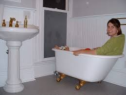 Clawfoot Tub Small Bathroom Design Images Of Small Bathrooms With Clawfoot Tubs Mycoffeepot Org