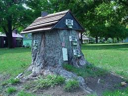 Miniature house, yard landscaping ideas to recycle tree stumps