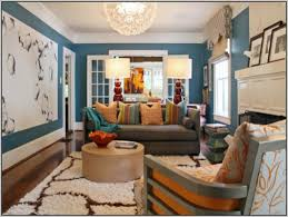 To Paint A Living Room Paint Colors For Living Room And Hall Nomadiceuphoriacom