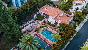 Patrick Dempsey's former Hollywood Hills hideaway lists for $2.85 million -  Los Angeles Times