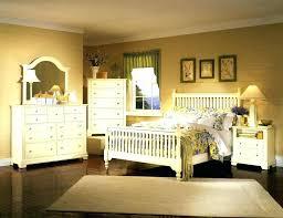 antique bedroom decor. Antique Bedroom Decor