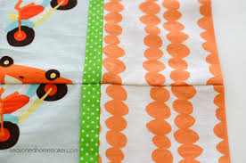 How Much Fabric To Make A Pillowcase Awesome How To Make A Pillowcase Using The Burrito Method