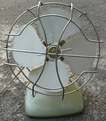 1950 s superior electric metal desk fan in green white chrome working