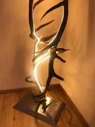 Design Stehlampe In 2019 Geweih Lampe Hirschgeweih Lampen