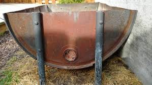 after two fires most of the barrel was covered in rust it was supposed to handle heat up to 2000 degrees doubt i was putting out that kind of heat