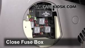 interior fuse box location 2001 2005 pontiac aztek 2003 pontiac interior fuse box location 2001 2005 pontiac aztek 2003 pontiac aztek 3 4l v6