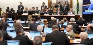 Resultado de imagem para CCJ DA CAMARA DOS  DEPUTADOS PARA ACATAR DENUNCIA CONTRA MICHEL TEMER