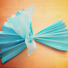 How To Make A Flower Out Of Tissue Paper Step By Step Diy Tissue Paper Flower Tutorial Party Host Helper