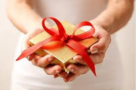 Eight Ways To Give As God Gave This ChristmasGiving Gifts On Christmas