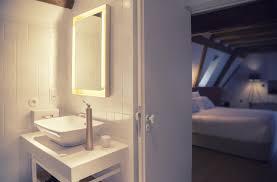 Spiegel Mit Licht Vielseitigkeit Der Led Badspiegel Beleuchtung