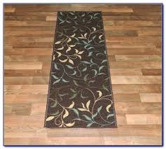 washable kitchen rugs without rubber backing home backed using on hardwood floors r rubber backing for rugs area