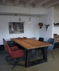 Tisch Rizal 50er Jahre Möbel Altholztische Baumkantentisch