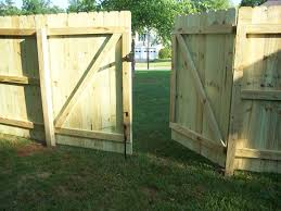 install privacy double gate dog ear picket fence