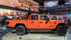 Jeep Towing Chart 2020 Jeep Gladiator Pickup Trucks Full Specs And Photos